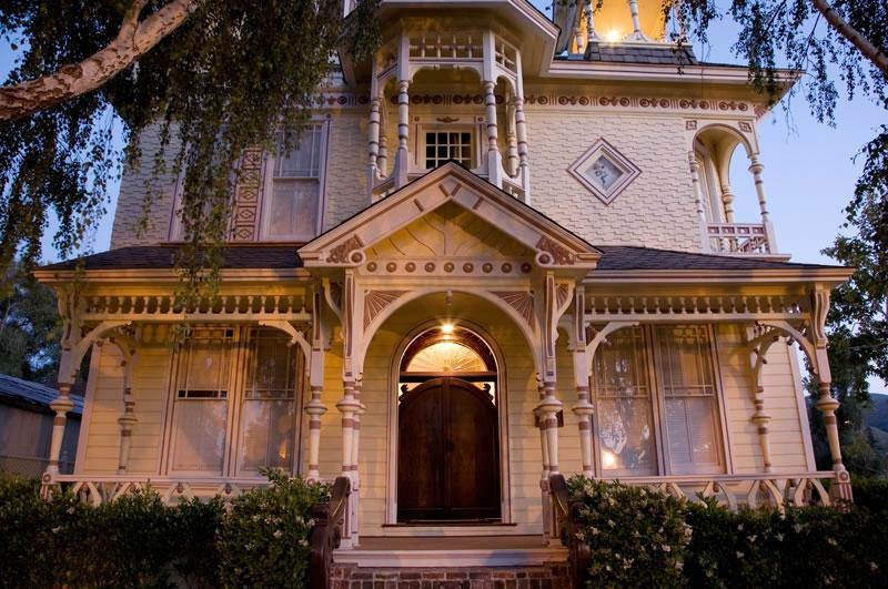 the-victorian-mansion.jpg