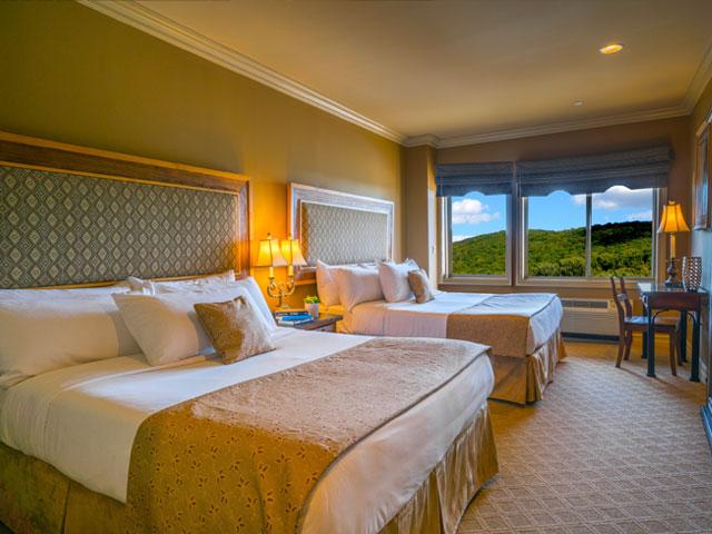 lodgings_new_bed_edit.jpg