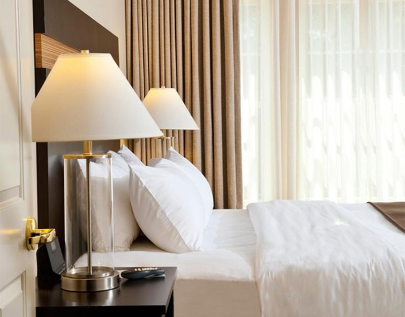 brunswick-hotel-tavern-guest-room.jpg
