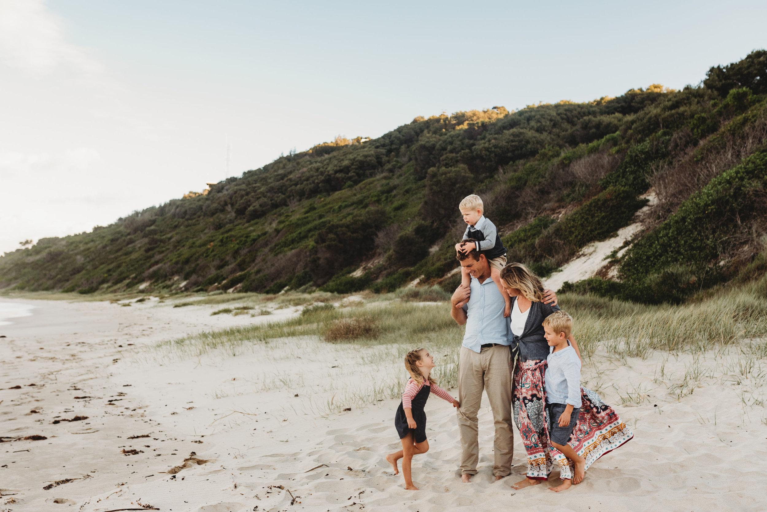 The McNamara Family - Wollongong Beach Family Session    1st June 2019