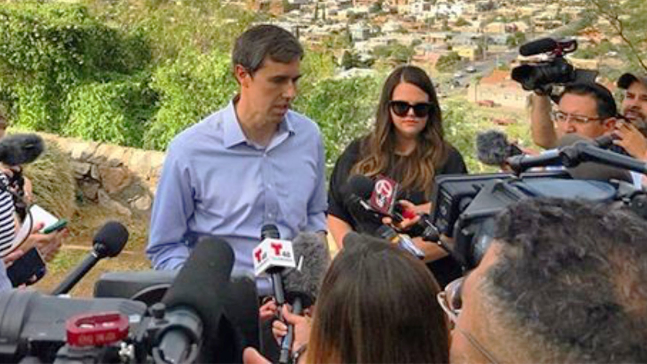 Photo of Beto O'Rourke with his press secretary Aleigha Cavalier, who falsely trashed Trump and Breitbart, pretending to care about illegal aliens and black adults at a black college. 🙄