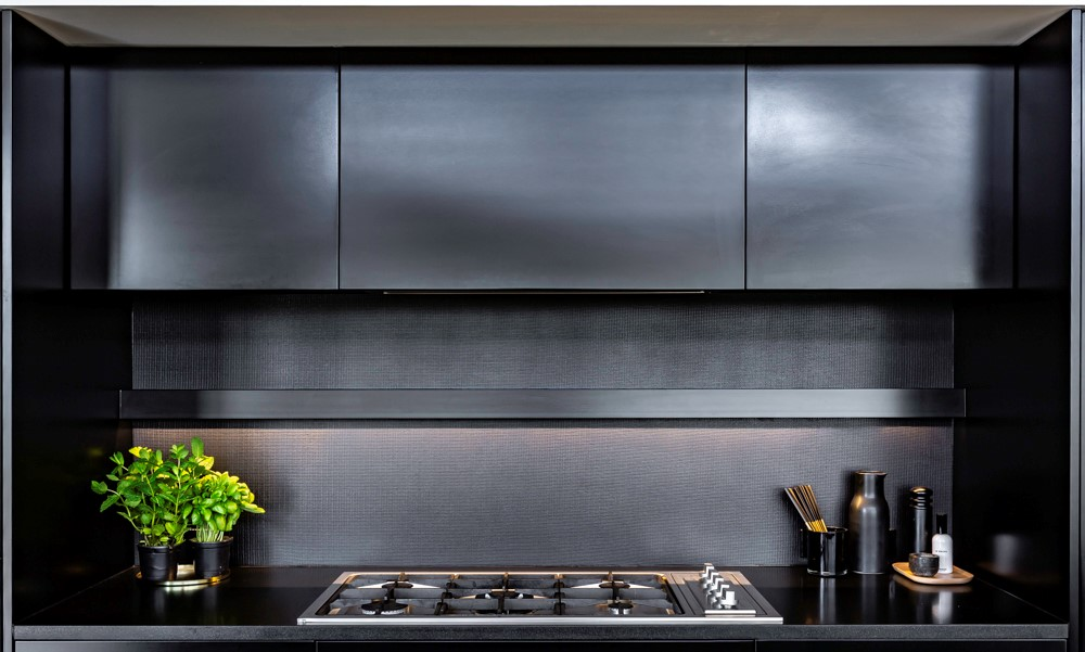 Metal-Coated-Glass-Kitchen-Splashback.jpg