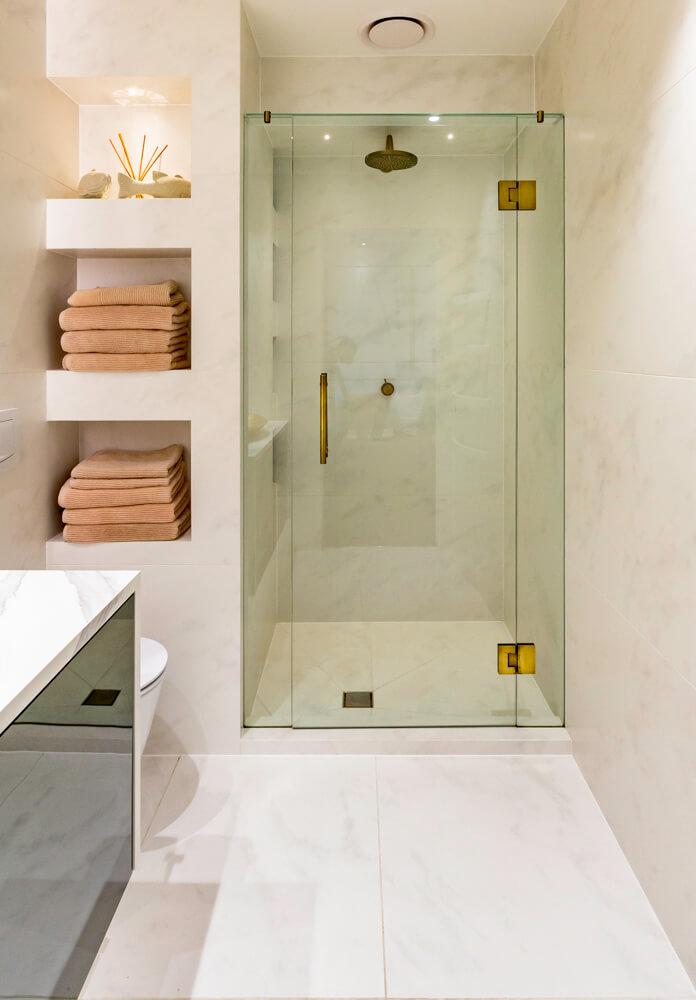 Frameless Showers -
