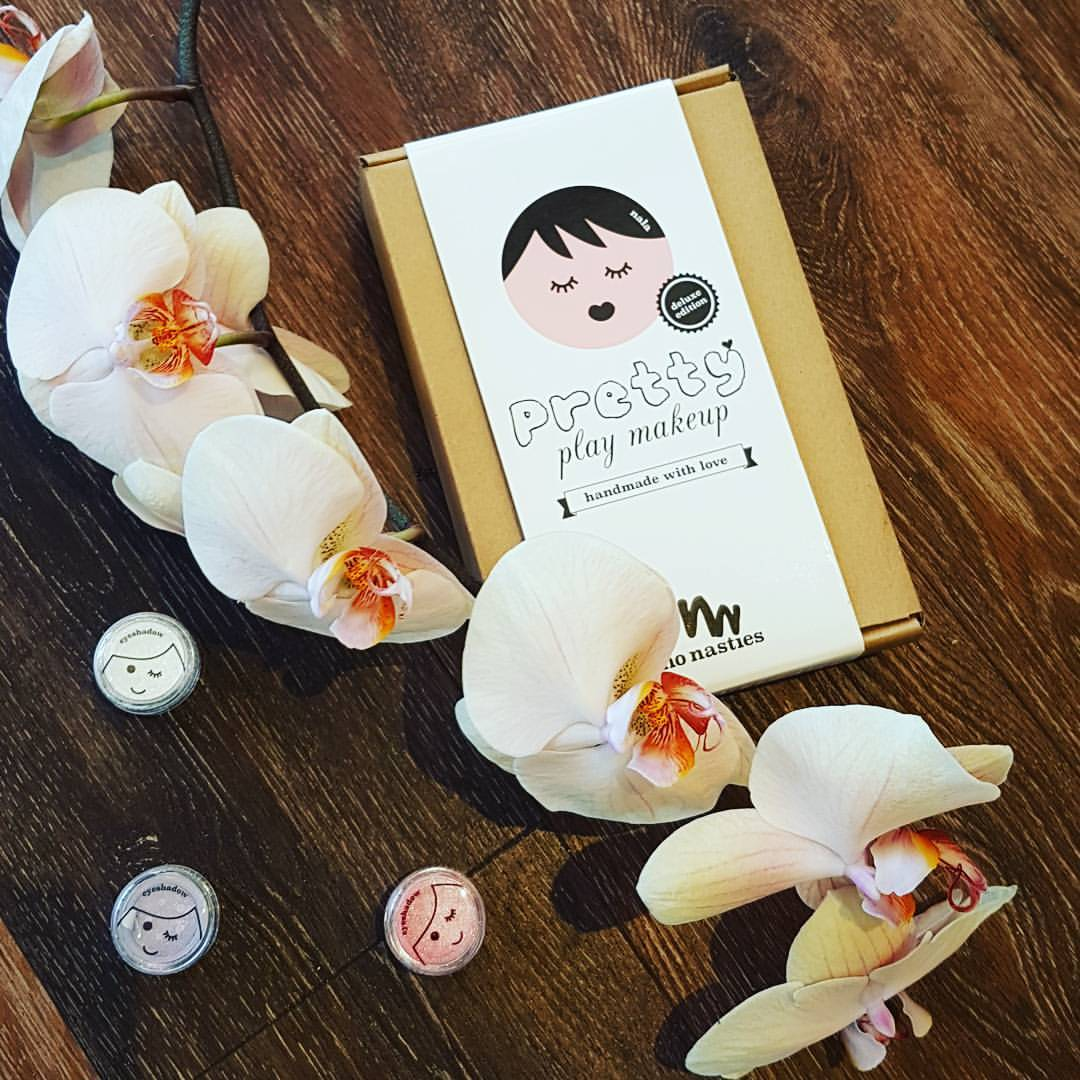 - Does your Little Miss love to raid your make-up stash? Now they can have their own! And you get peace of mind knowing they aren't putting any harsh ingredients onto their beautiful delicate skin.
