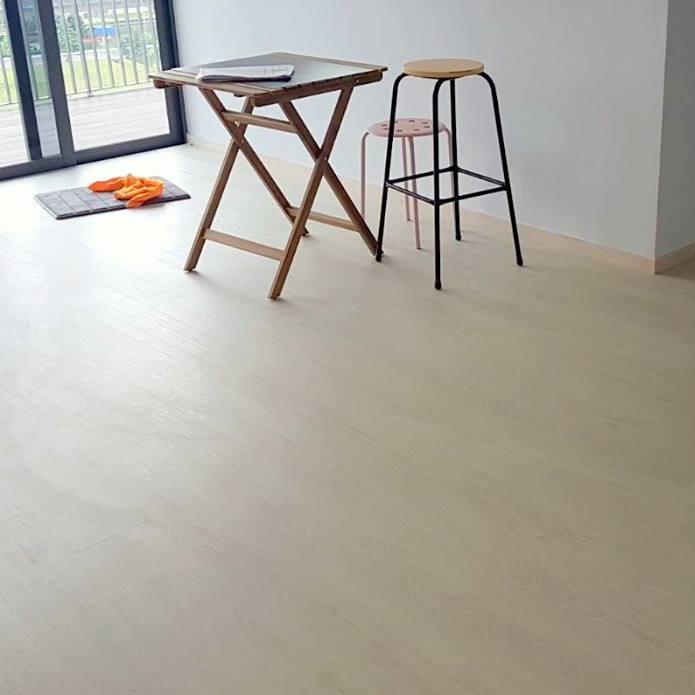 NBL Express Premium Resilient Flooring Diamond Oak (3).jpg