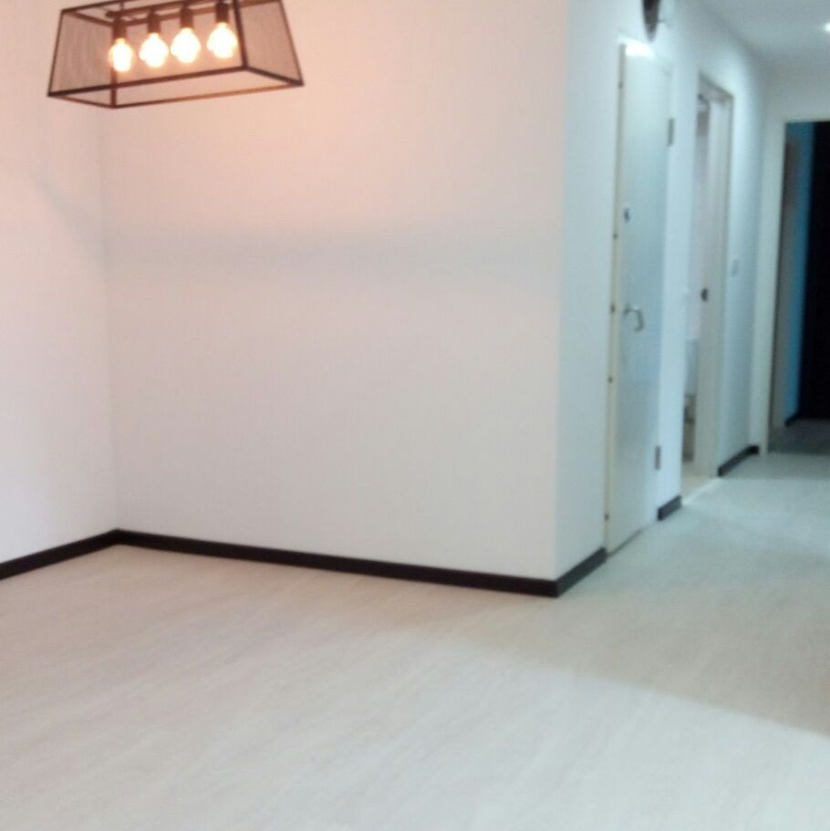 NBL Express Premium Resilient Flooring Diamond Oak (5).jpg