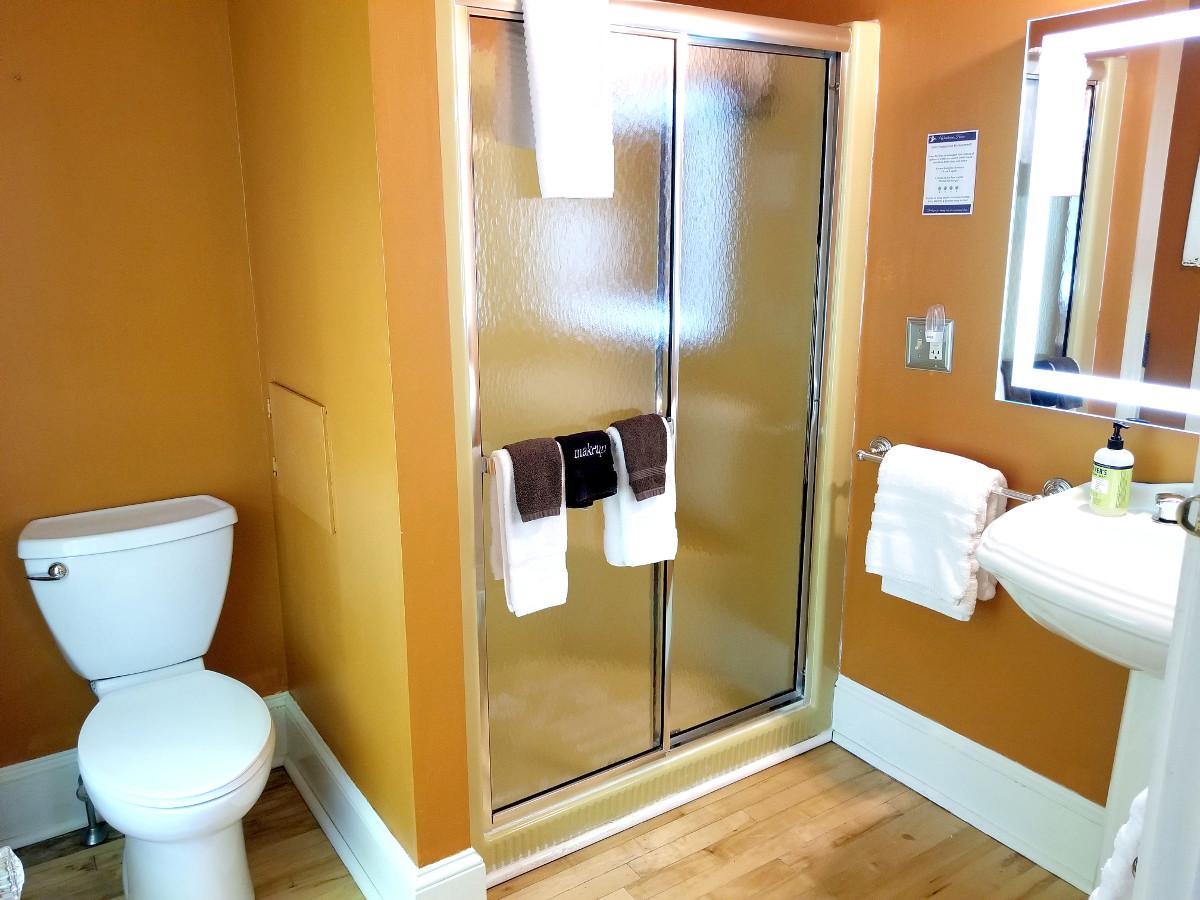Elijah bathroom.jpg