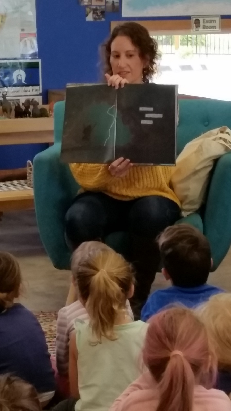 Big Day Out breeze reading to 4 to 5s up closer smaller.jpg