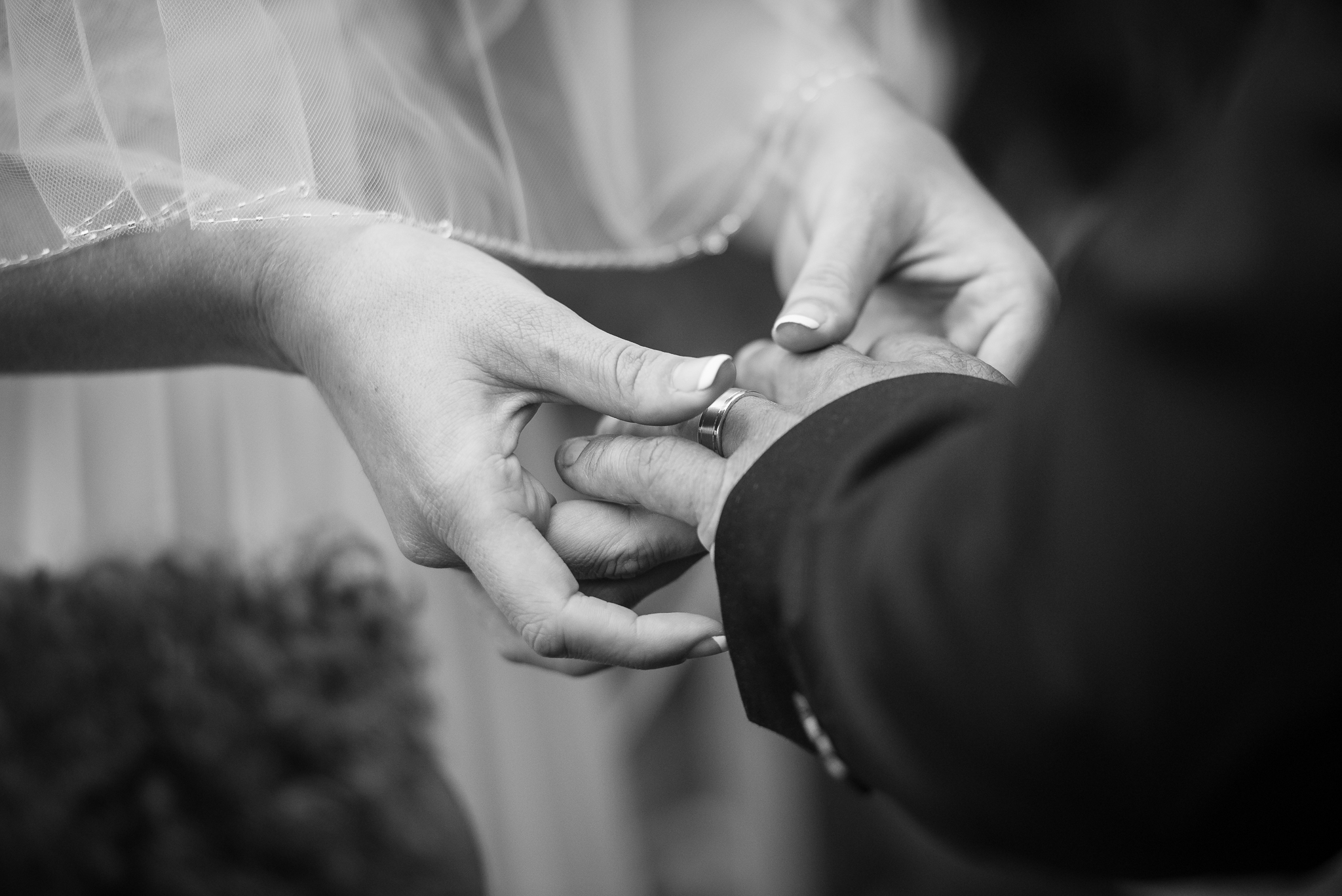 exchanging the ring at wedding in cronulla