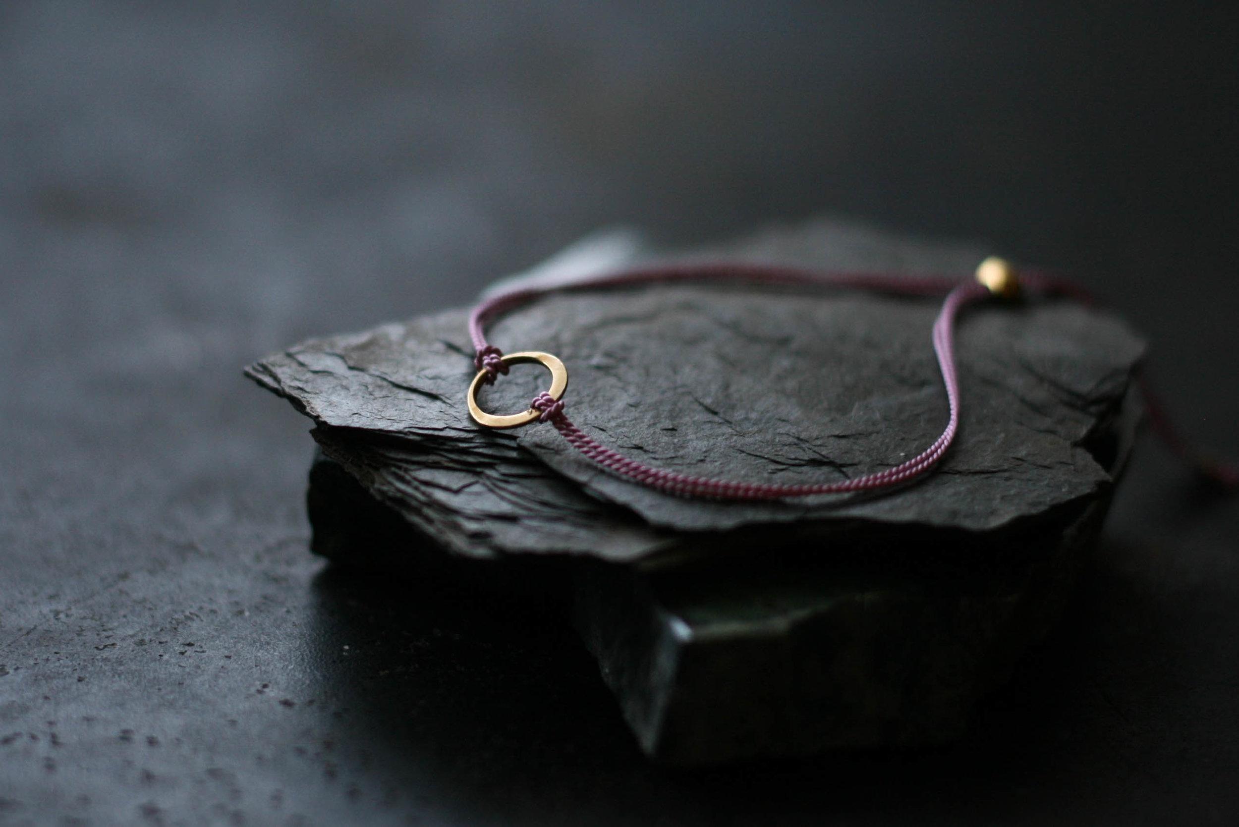 feines Armband-Freundschaftsbändchen-rosenrotes