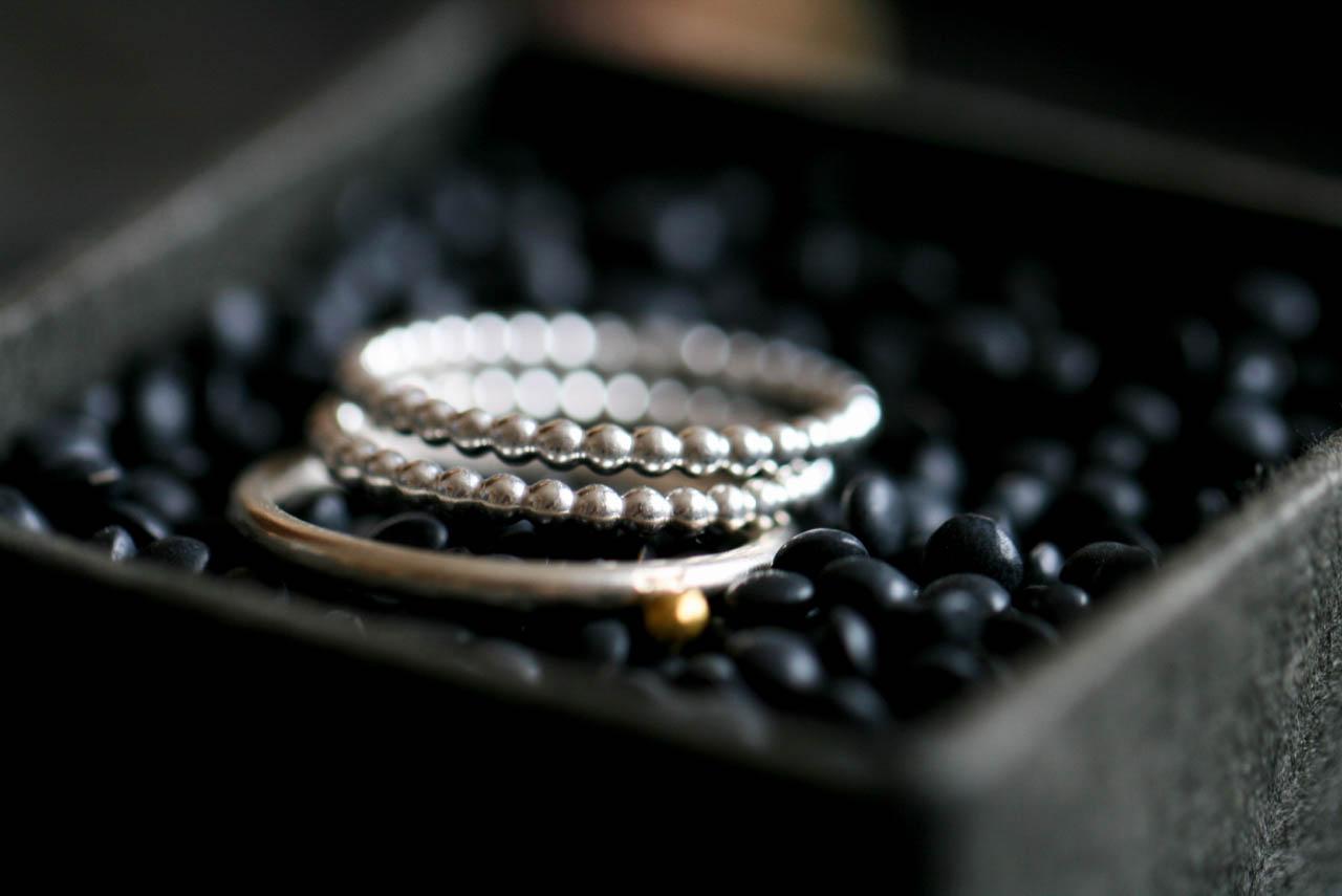 Perlenring-Silberring-Studiorosenrotes-0364 Kopie.JPG
