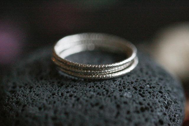 Studiorosenrotes-feiner-Silberring-minimalistisch-1277.jpeg