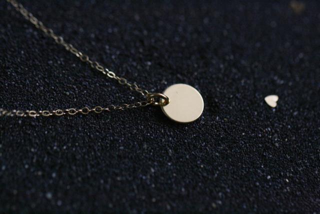 rosenrotes-Halskette-mit-Plate-10mm-vergoldet-0759.jpg
