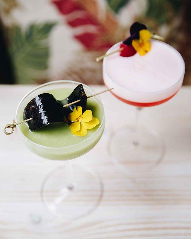 Great lookin' couple 🍸🎀 #HappyFriday #Avobar #Cocktails #AvoMargarita