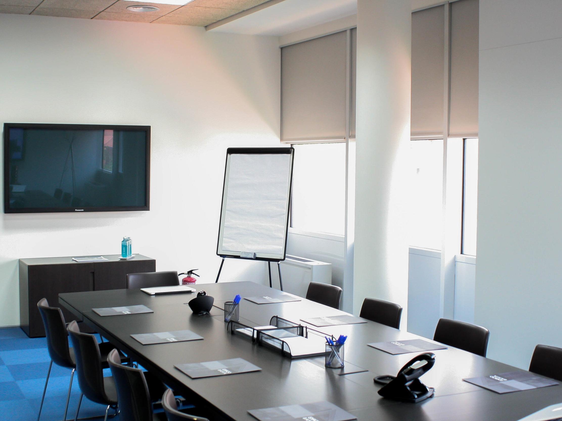 Versatilidad en el uso de las salas - Las salas en Bahía Space son perfectas para cualquier tipo de reunión o evento como conferencias, cursos de formación o para realizar entrevistas...