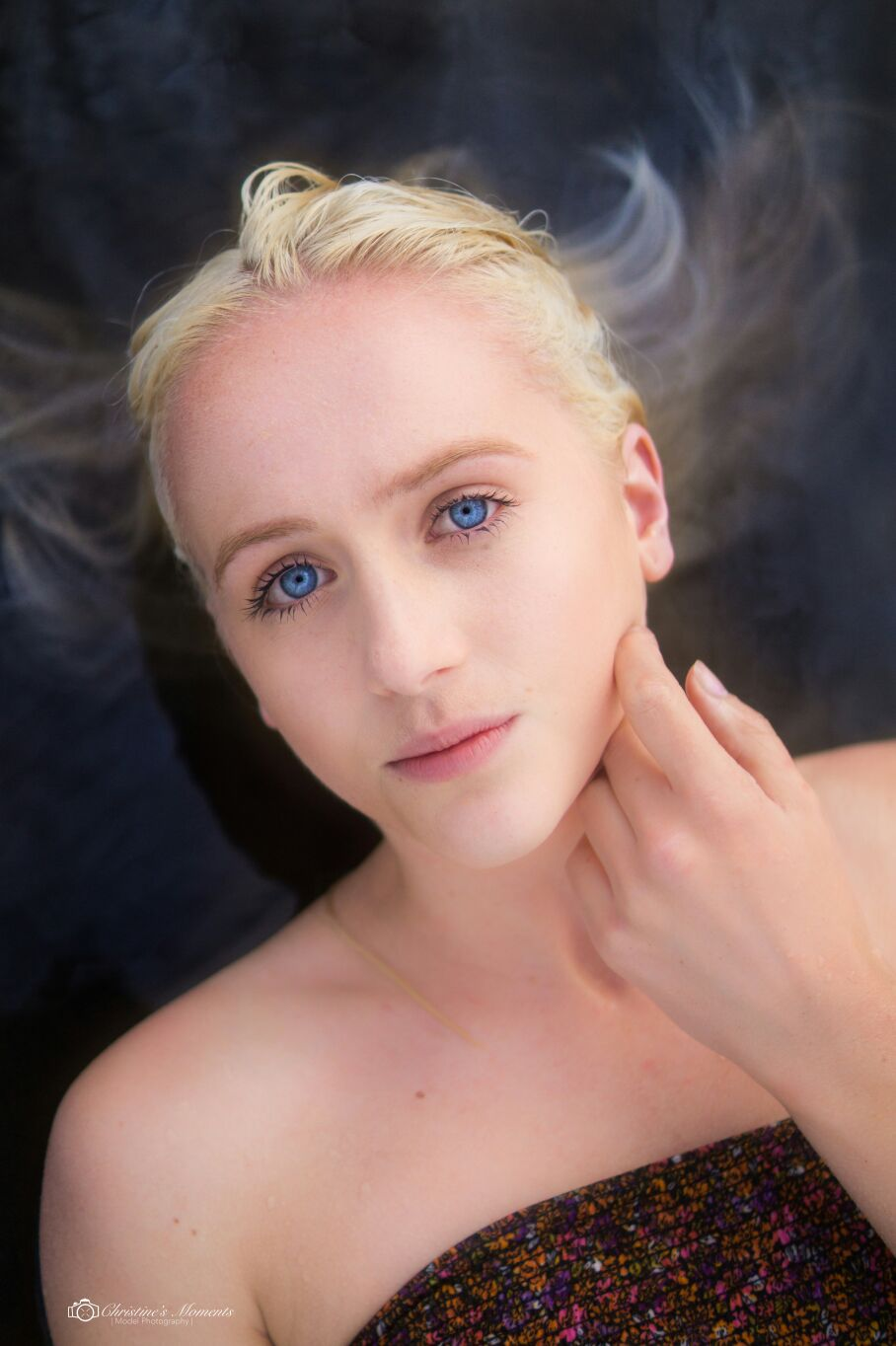 Photo by Christine van der Velden; Model: Nikki Veerman