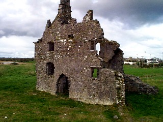 Terryland_Castle.jpg