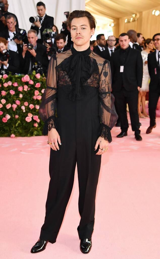 Met Gala pink carpet Zorro chic (Photo Credit: Getty Images)