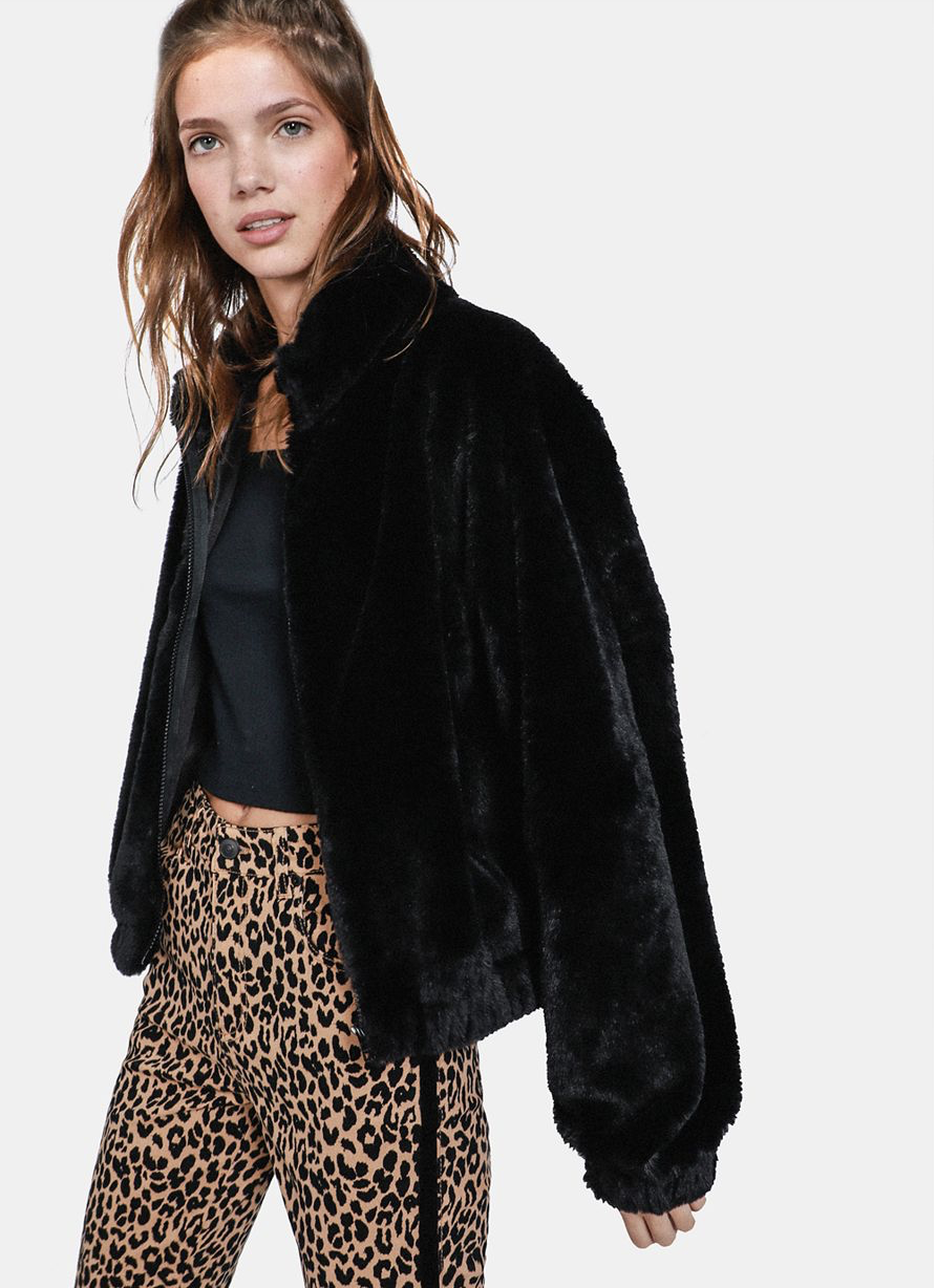 Faux Fur Bomber Jacket    R229.99    This is basically a copy of the faux fur bomber jacket I'm in love with at Cotton On except instead of being R1000, its only R230 - yaaaasss
