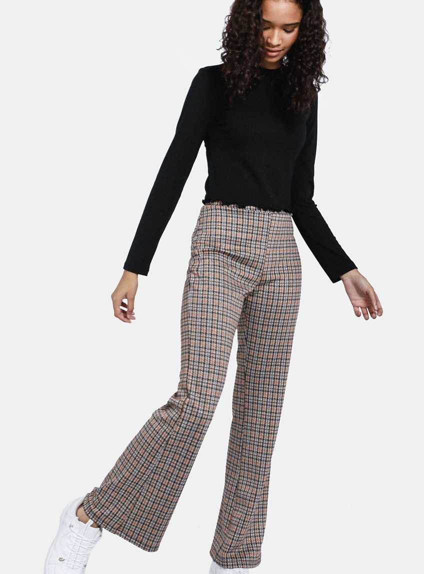Check Flare Leg Pants    R129.99    Check is (unsurprisingly) huge for Autumn/Winter 19. Love a little flared pant.