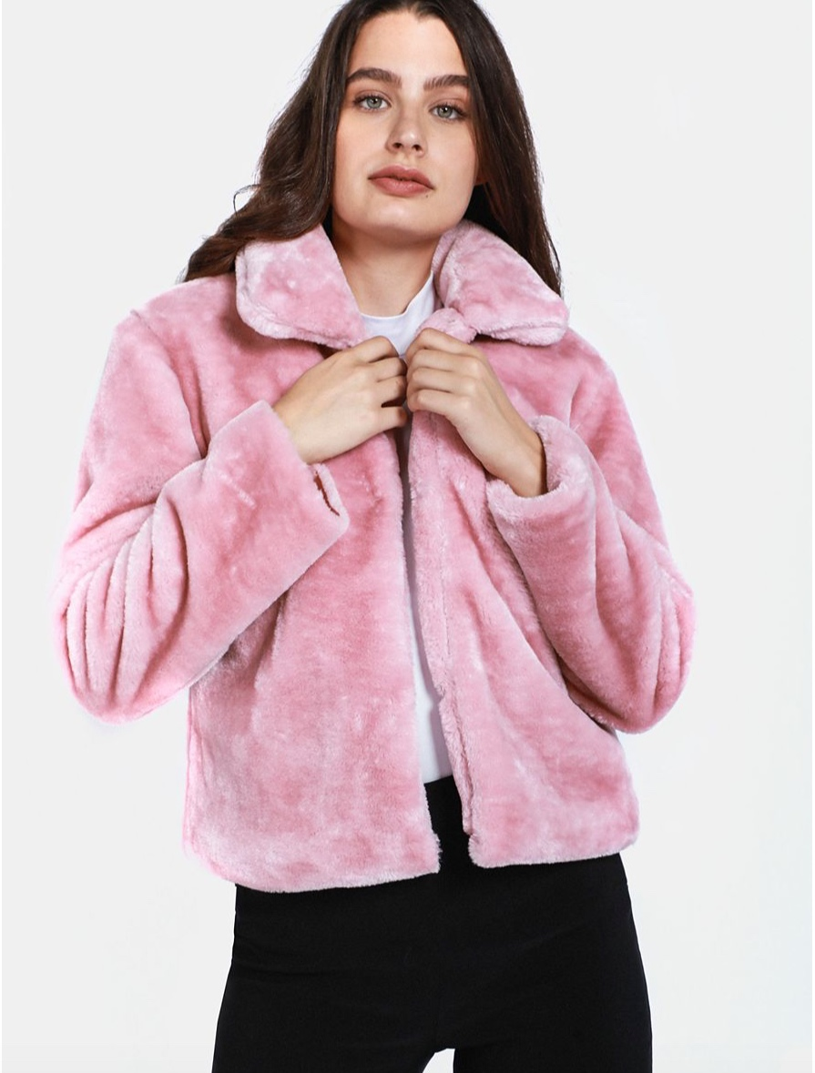 Blush Pink Faux Fur Coat    R299.99    I have only one comment - I WANT it!  Ja'dore