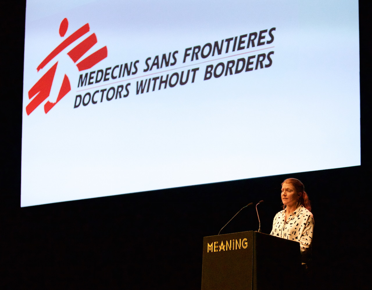 Vickie Hawkins at Meaning 2017, speaking about MSF's response to the refugee crisis. ©Clive Andrews