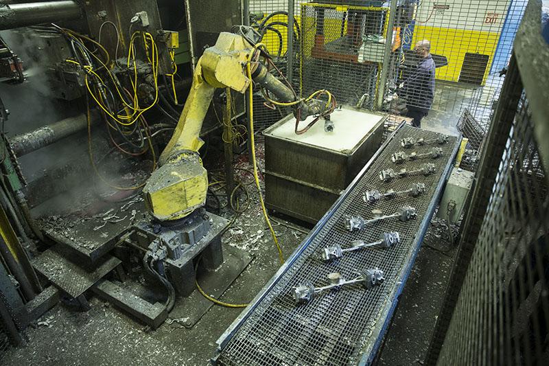 cnc-milling-machine.jpg
