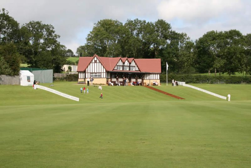 Taverners_Oakhill_August_2008_Pic_01.jpg