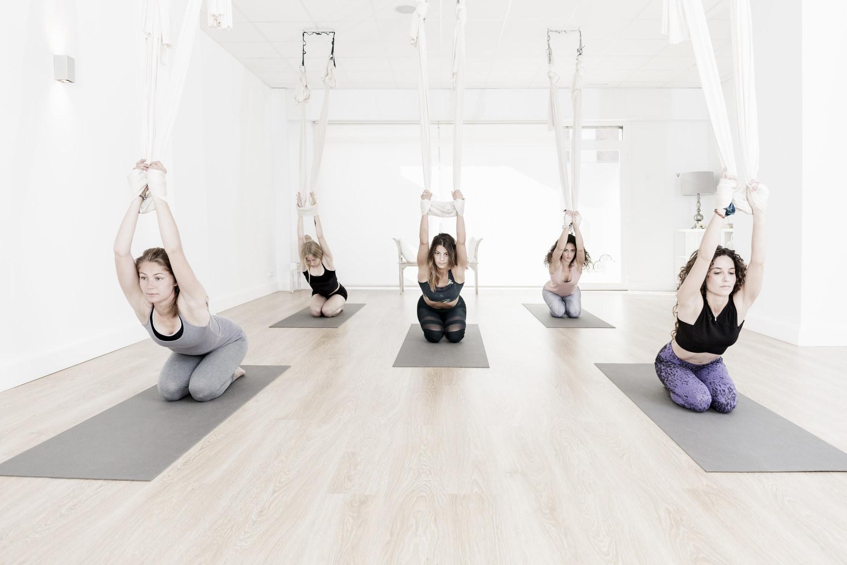 Stage deYin Yoga Aérien - mercredi 3 juillet de 20h15 à 21h15