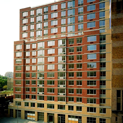 The Marais, Chelsea, New York   107 Units + 2 Retail Spaces  Completed in 2003