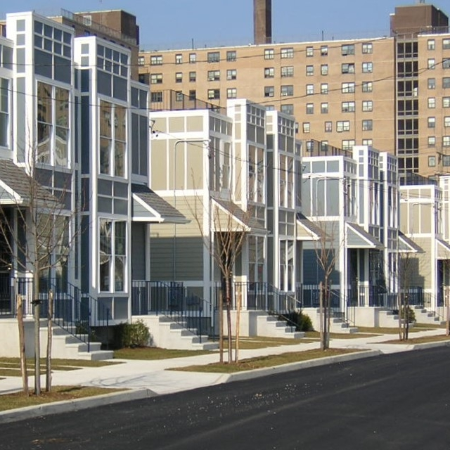 Oceanview Villas I & II, Far Rockaway, Queens   172 Units (135 Single and Two-Family Homes)  Completed in 2007 (Phase I) and 2009 (II)