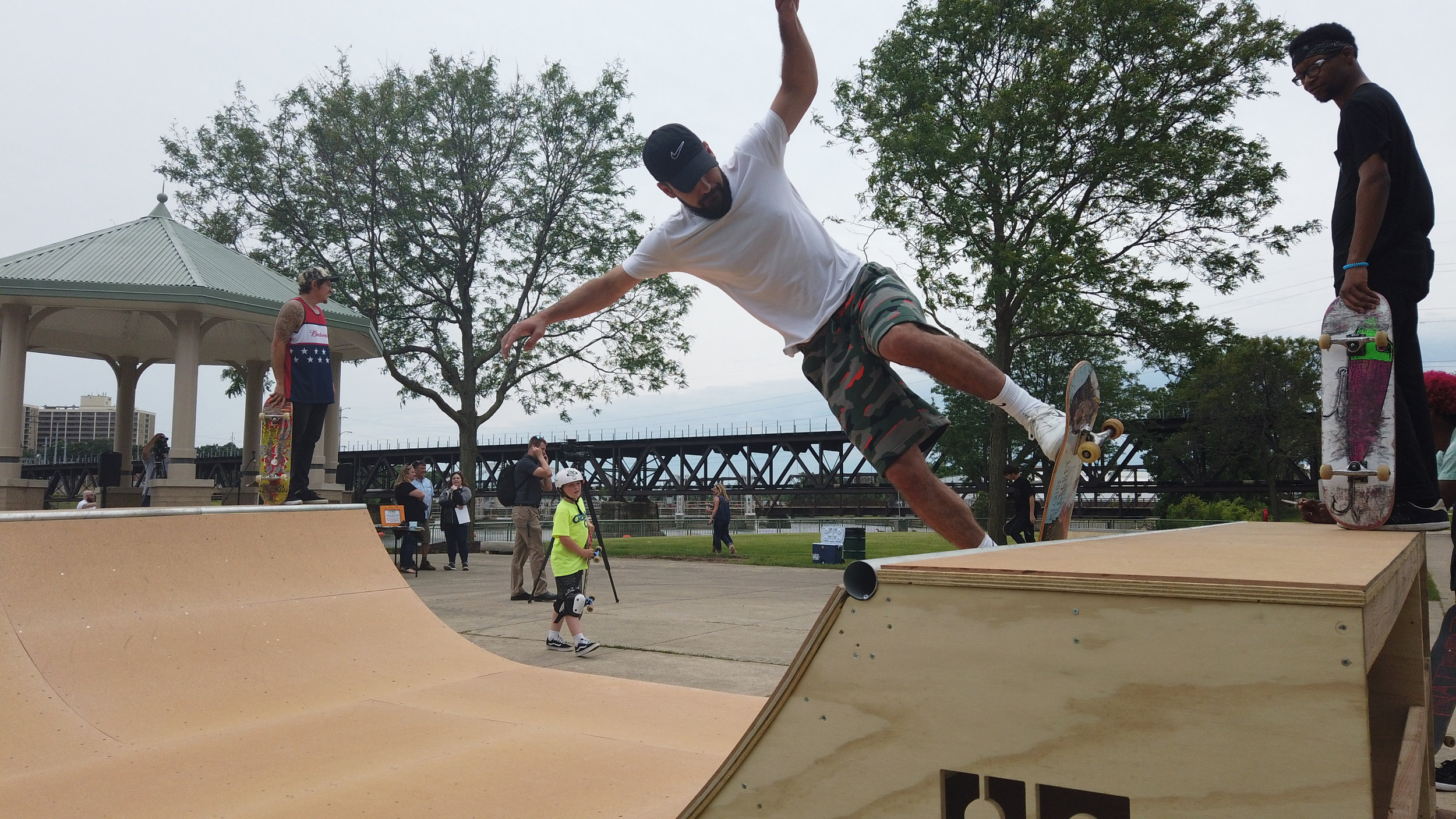 Landing_Skatepark_Opening.JPG