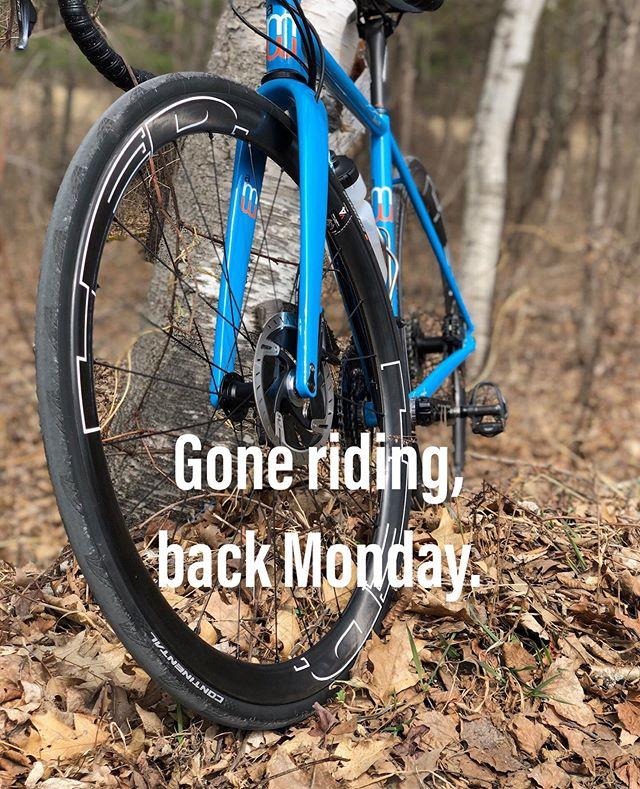 Yep. Gone riding.  #serottasquad  #serottabikes  #custombikes  #lovecycling #cyclingpassion #lifebehindbars #cyclingaddict #bicycles #custombikes #cycling #instacycling #roadcycling #benserotta  #bikelife #serottacycles  #serottabikes #custombicycles #allaboutthefit #benserotta