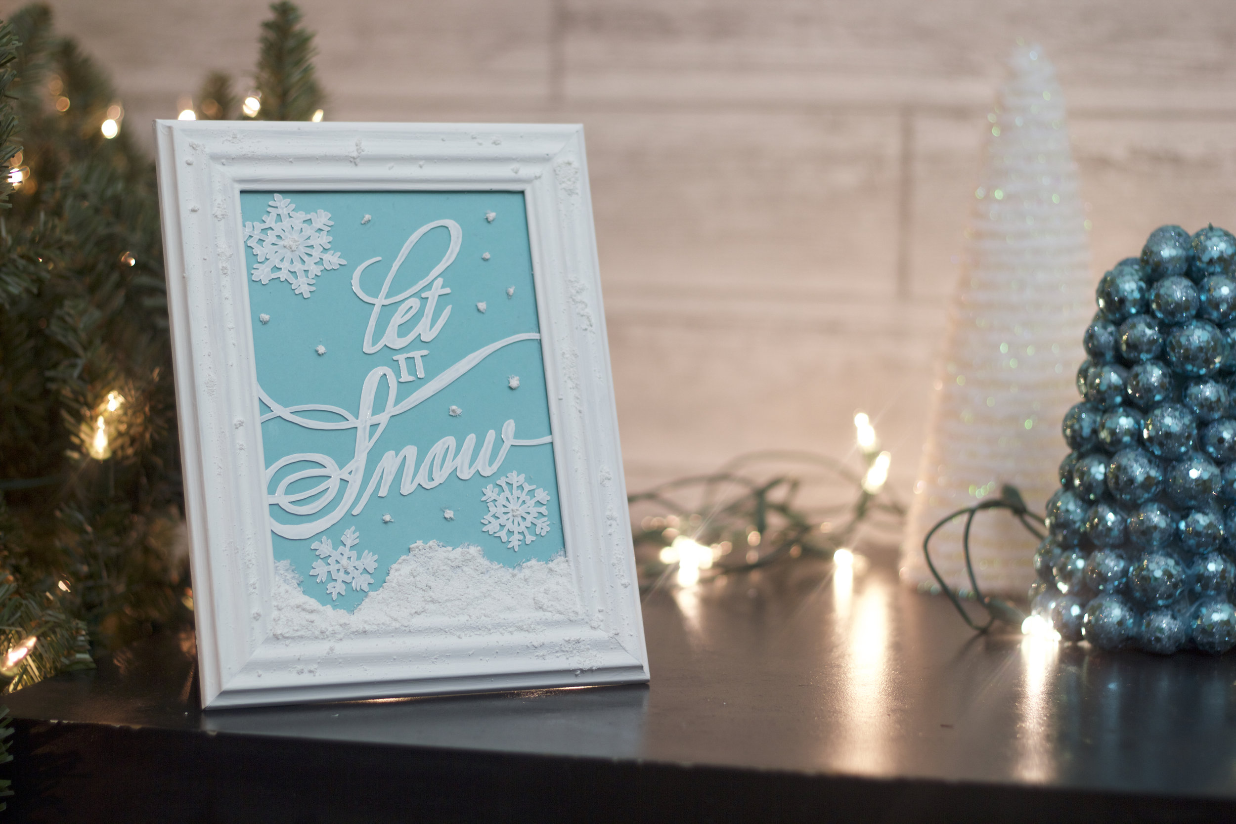 Let it Snow Decor (COMING SOON)