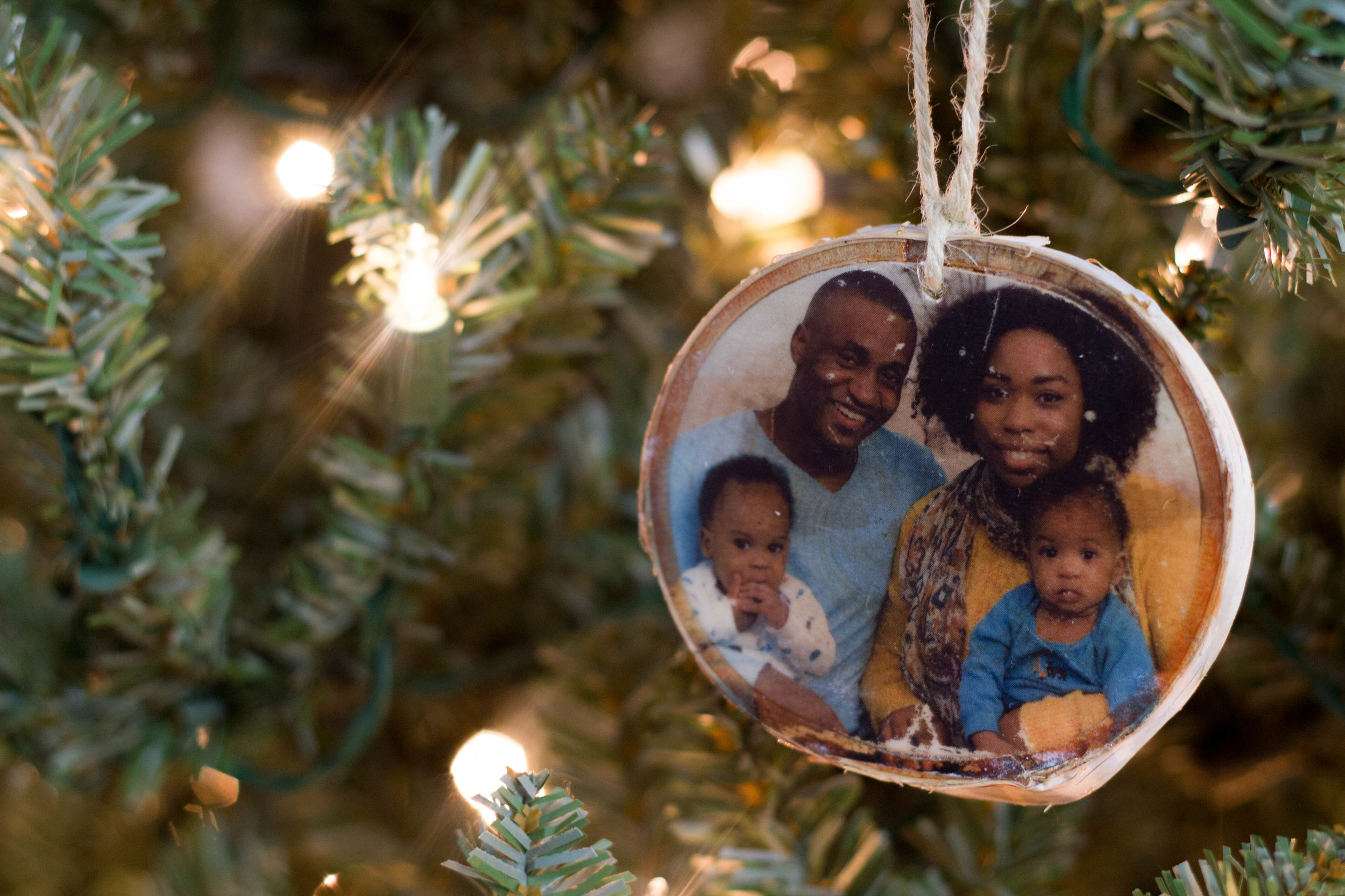 DIY Wood Photo Ornament (COMING SOON)