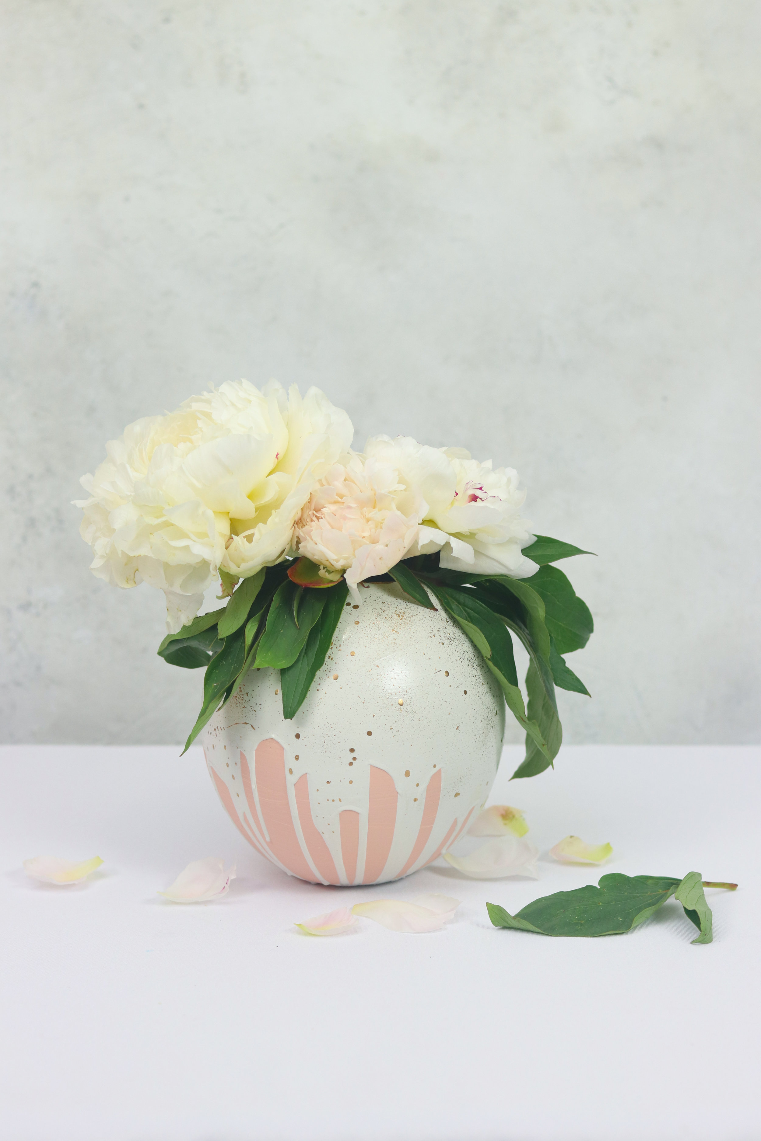 DIY Plaster Flower Vase