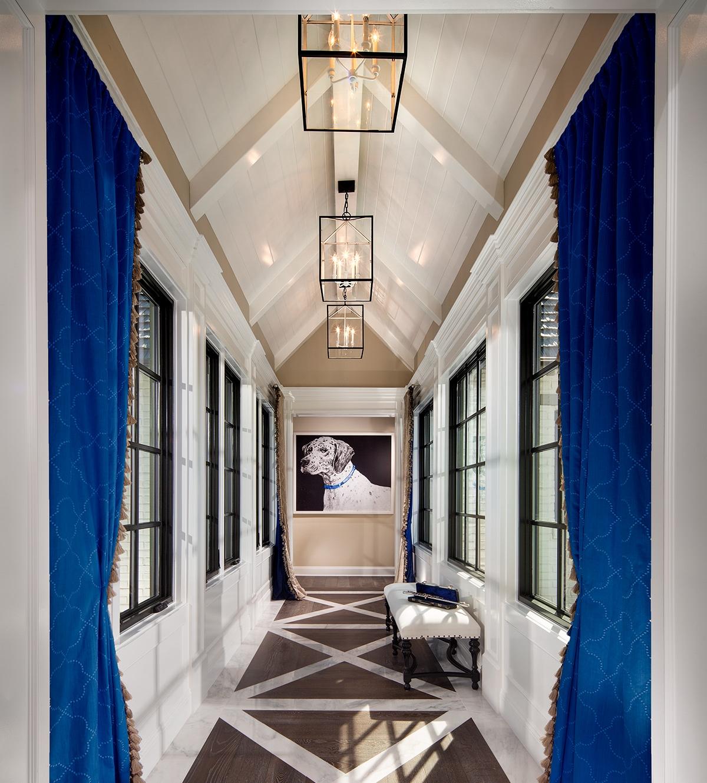 details-hallway-interior-design.jpg