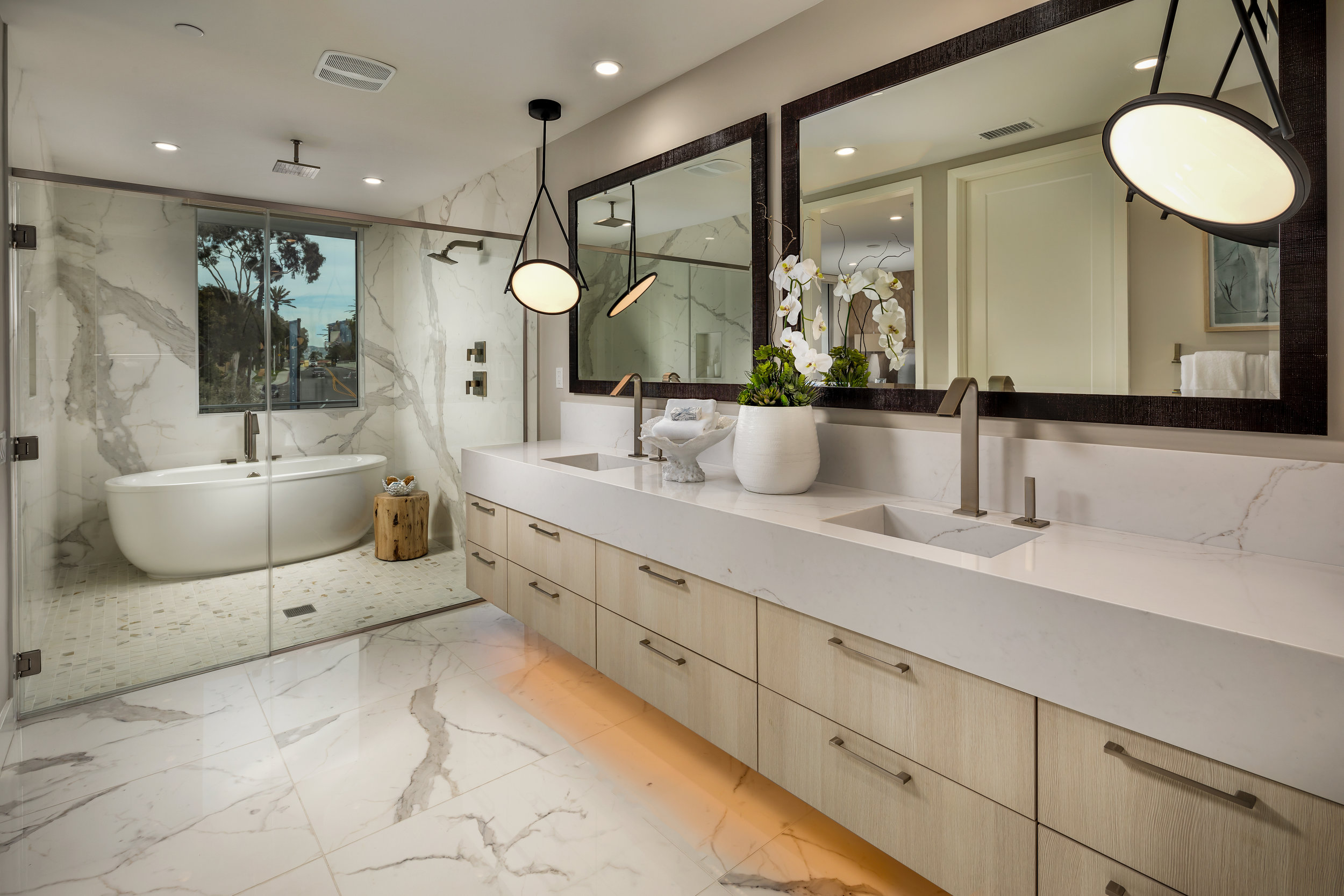 A Master Bath experience to yearn for.
