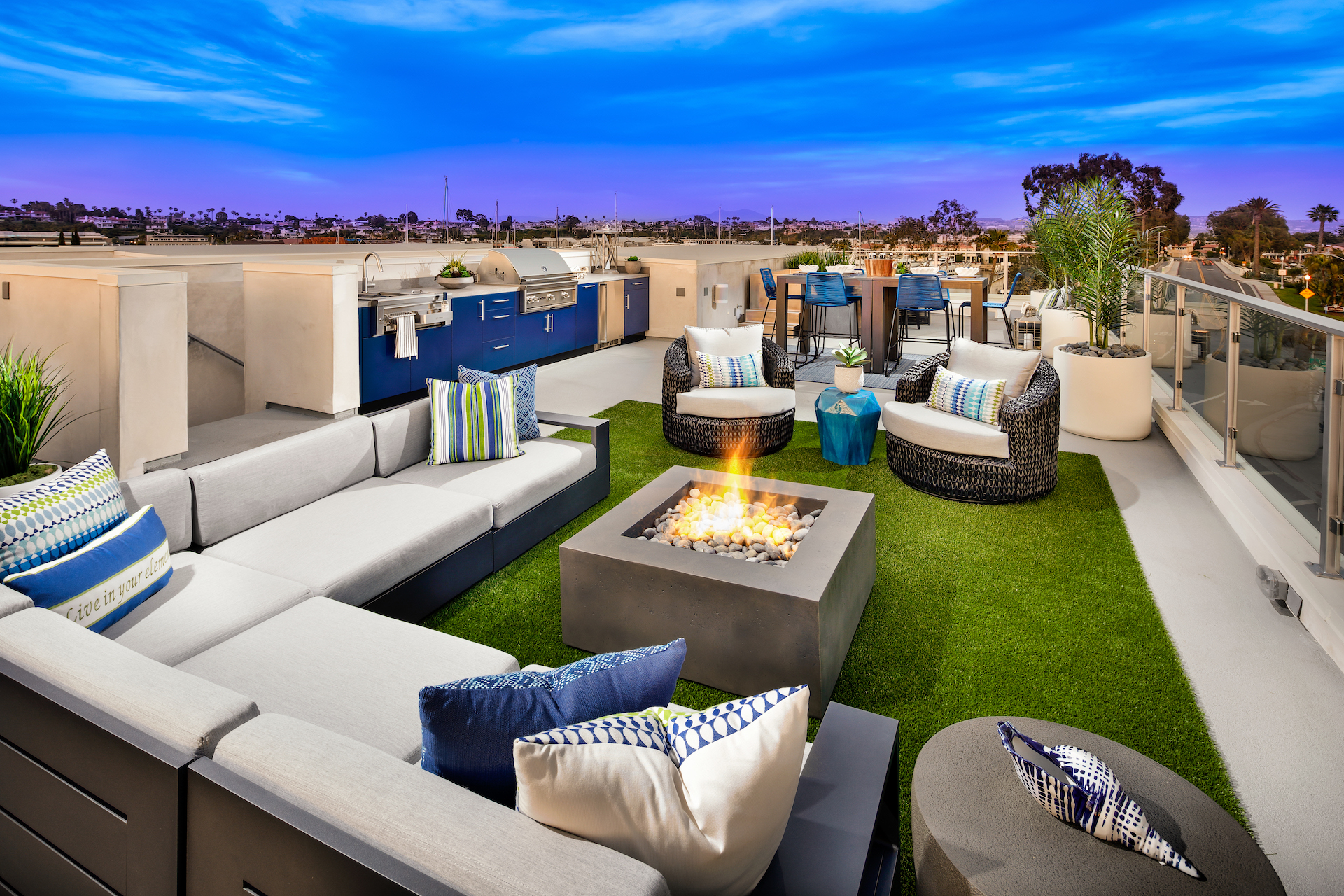 3-Lido Villas-_Roof Deck.jpg