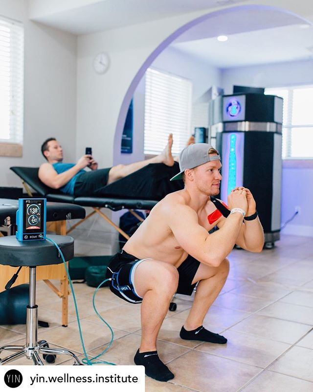 Crazy set-up at the @yin.wellness.institute 🔺Blood Flow Restriction Training 101🔺 . In order to understand how BFR works, it's important to do a quick debriefing on how your ➡️ circulatory system (also called vascular or cardiovascular system) works. ⠀⠀ . . ⠀⠀ 👨🏻⚕️Your arteries are blood vessels that carry oxygenated blood away from your heart to your body. Your veins are blood vessels that carry mostly deoxygenated blood from the body back to the heart. ⠀⠀ . . ⠀⠀ 🔺The goal of blood flow restriction training is to restrict venous return while still allowing arterial flow by strategically wrapping the topmost portion of your limbs. . . . ⠀⠀ #holisticwellness #healthyhappylife #holistichealth #healthmatters #holisticlifestyle #holisticmedicine #cryotherapy #grastontechnique #activereleasetechnique #gameready #jointmobilization #activerecovery #athletictraining #therapy #rehab #injuryprevention #softtissuetherapy #therapeutic #healthcareprofessional #training #correctiveexercise #utahathletics #athletelife #activelifestyle #utahfit #utahfitness #utahfitfam #fitfam 📸@lenawaltonphotography @hjrodas @owensrecoveryscience @isaiahshettell
