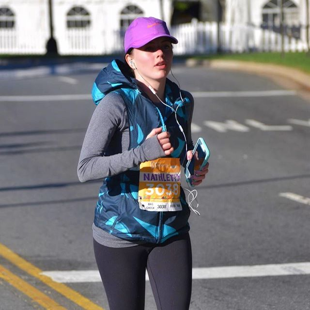 Wishing good luck, fast feet, and sunny skies to my #fitfam running the @charlottemarathon tomorrow! After three years of racing the half, my best words of advice are: be proud of the work you've already put in to get here, read every sign at the cheering sections, and don't make eye contact with the hills. 🙈😜 Have fun out there! {And a special shoutout to my boy @andrew_schultz1, you're gonna kill it! 👊}