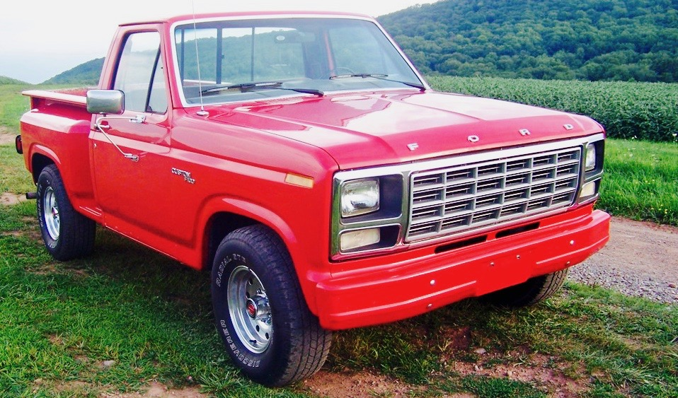 Red Ford F150 2.jpg