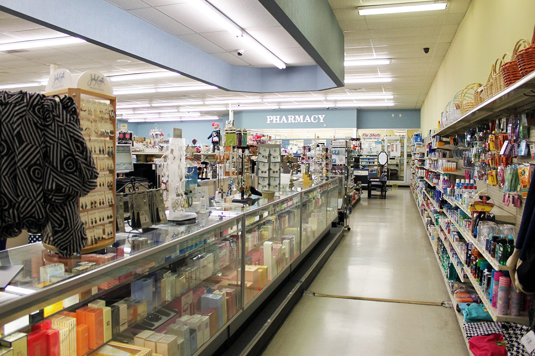 More of Shop 1.jpg