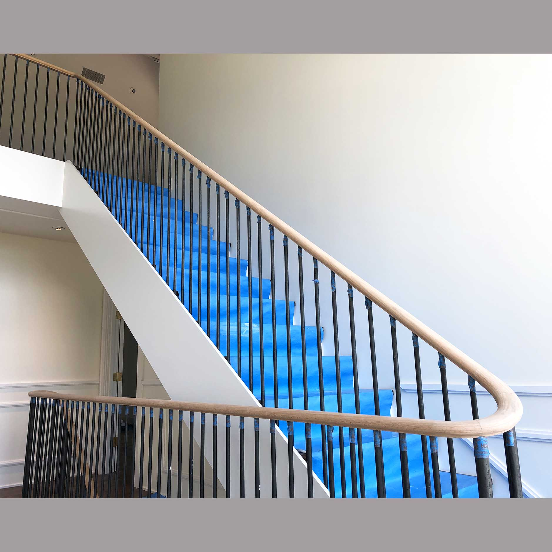Wreathed Stairrails