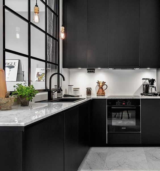 black kitchen 2.jpg