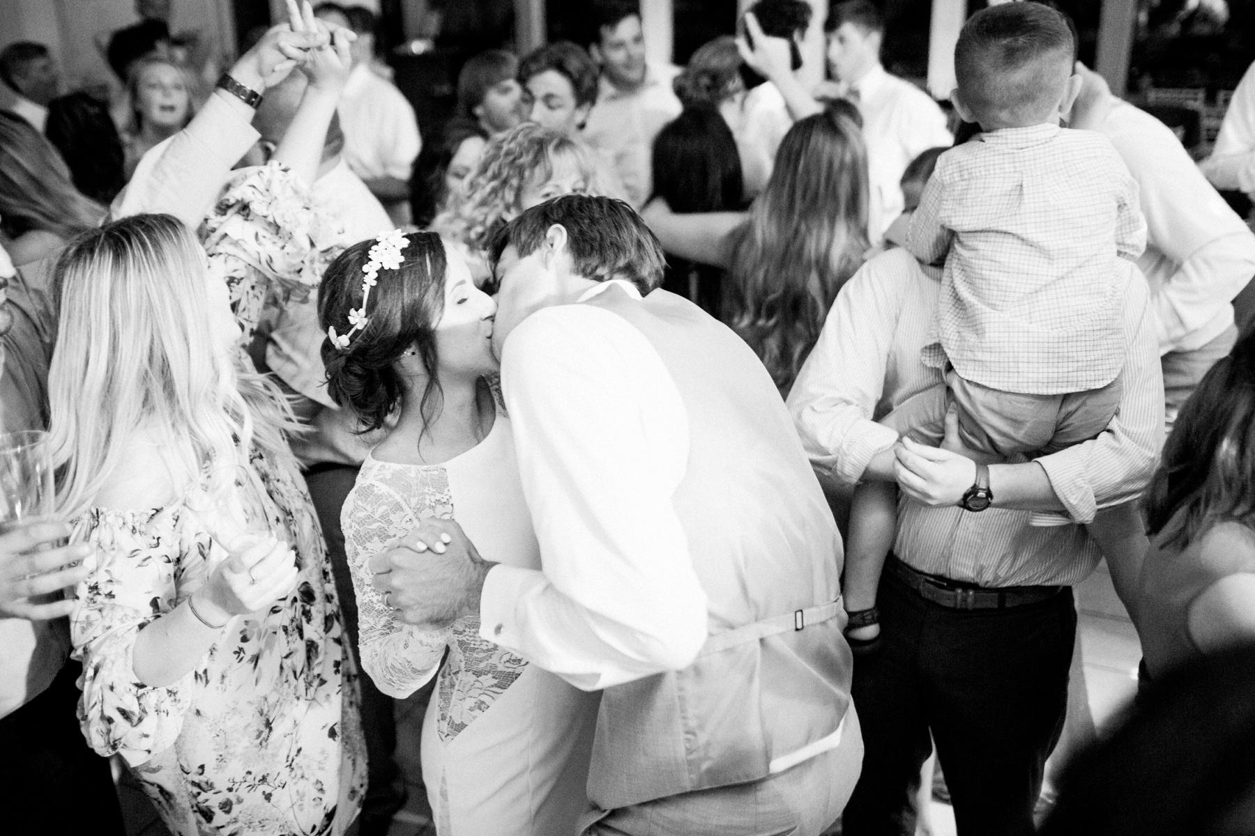 Tarp-Chapel-Tulsa-Oklahoma-Wedding-Photographer_0563.jpg