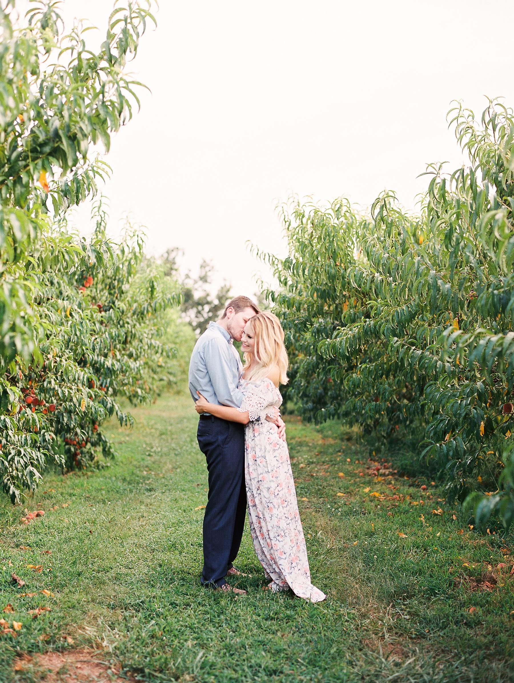 Peach-Orchard-Engagement-Session-Arkansas_0008.jpg