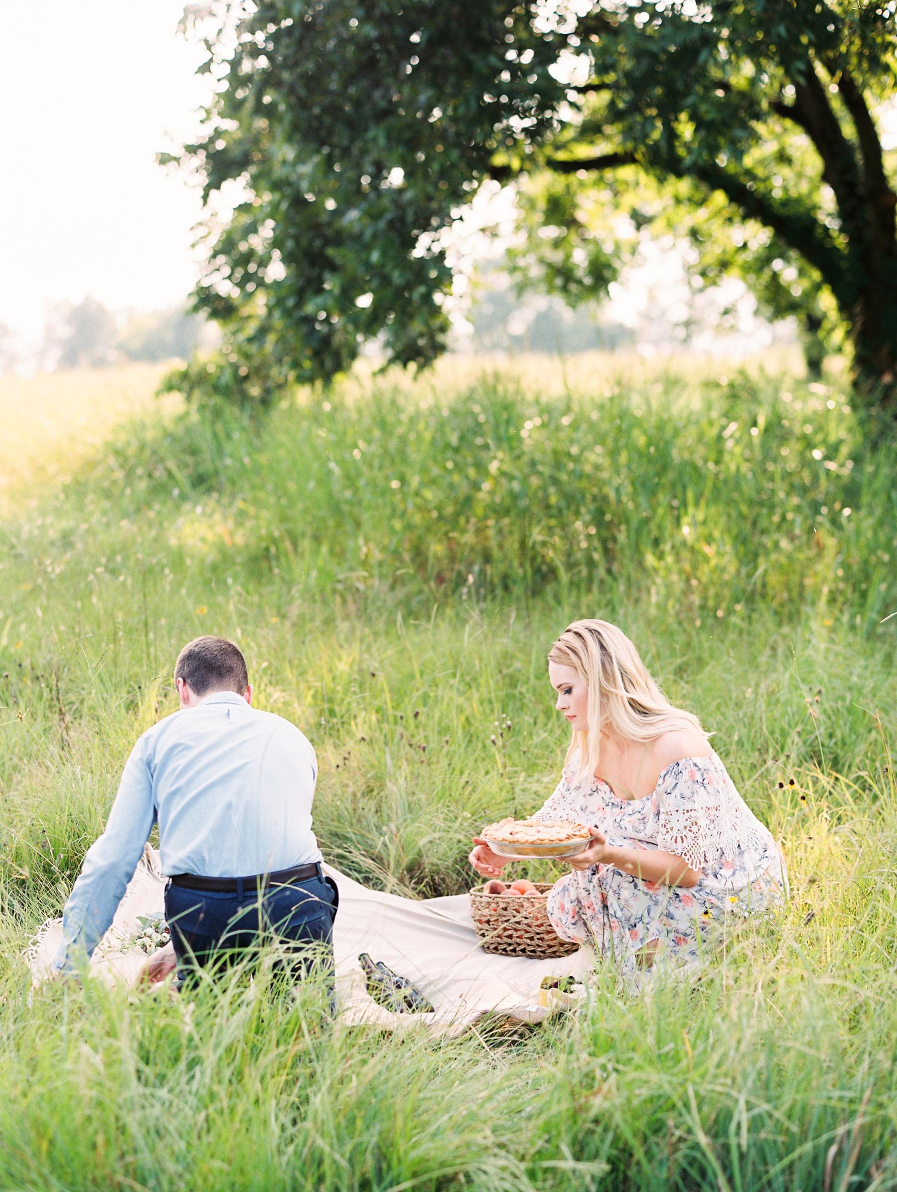 Peach-Orchard-Engagement-Session-Arkansas_0032.jpg
