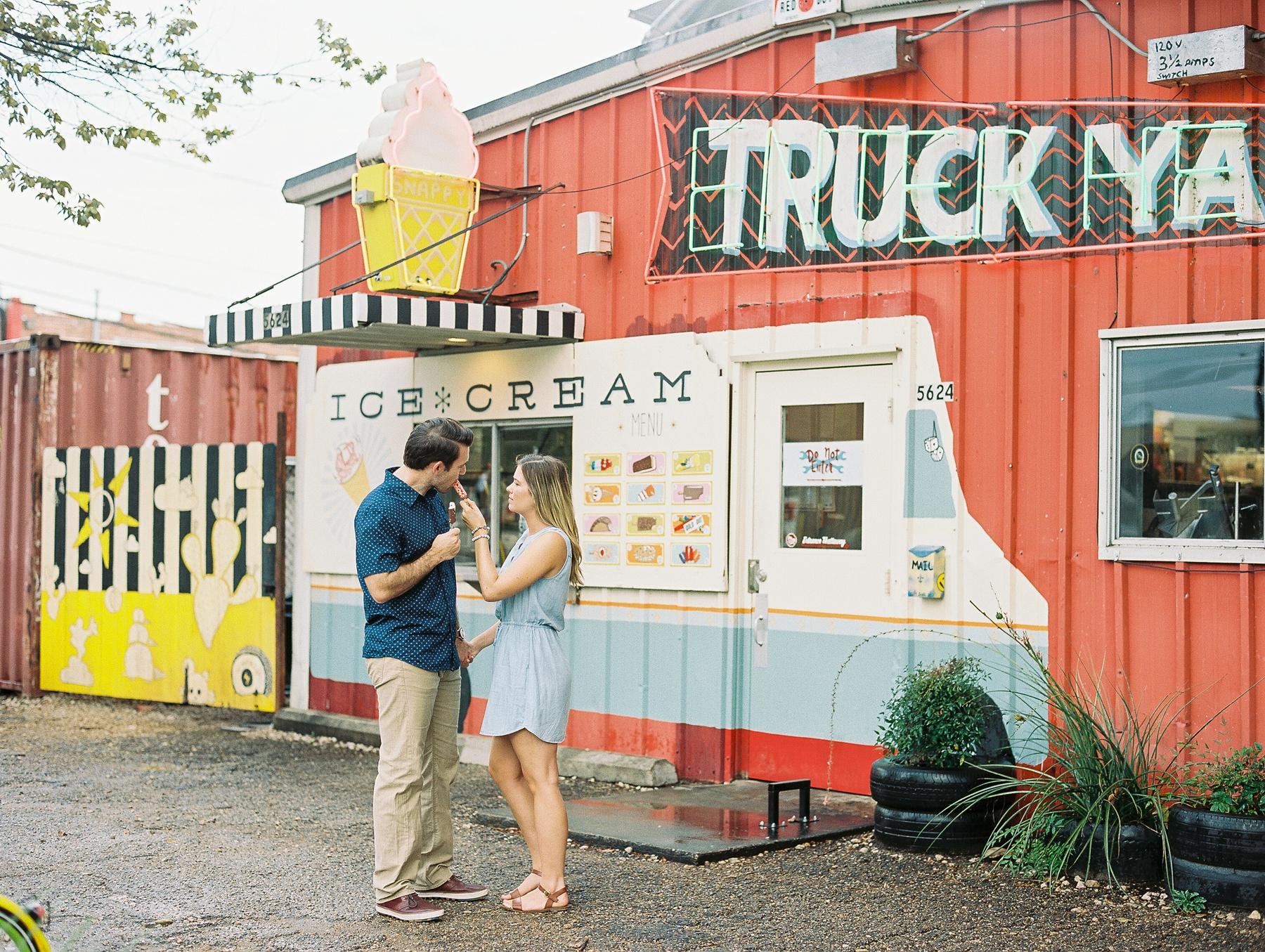 Dallas Wedding and Engagement Photographer_0573.jpg