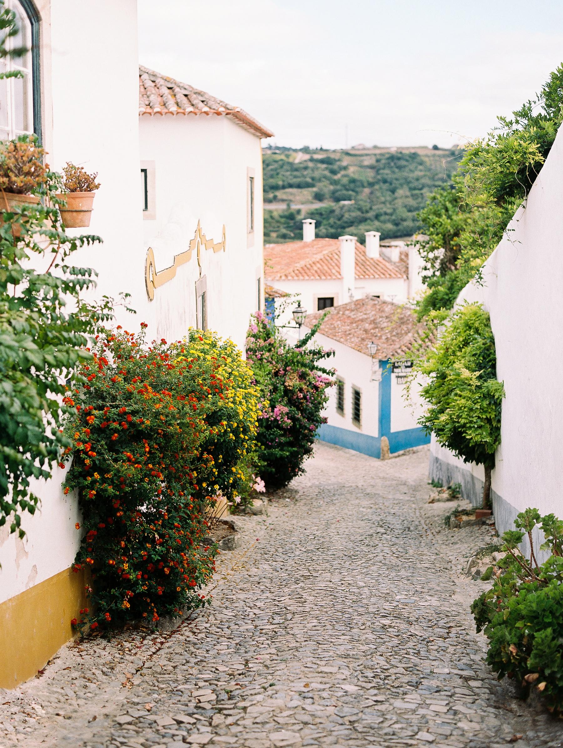 Obidos Portugal Engagement Session Photographer_0594.jpg